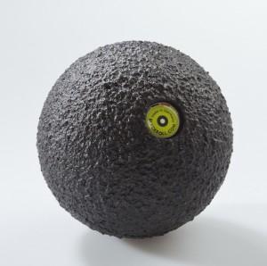 masážna loptička blackroll 8 cm